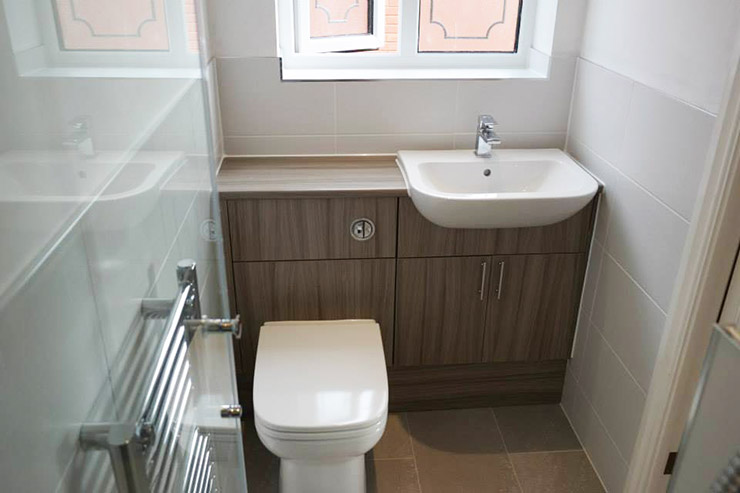Kitchen bathroom installation gallery bromsgrove for Small bathroom uk