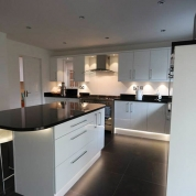 fitted-gloss-kitchen-install